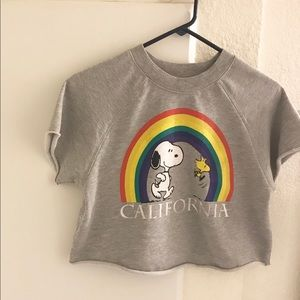 Forever21 Cropped Gray Snoopy Graphic Sweatshirt S